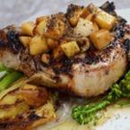 Свинско с картофи и дафинов лист