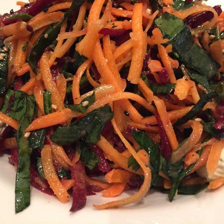 Large salata spanak i morkovi