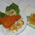 Паниран кашкавал с ориз и зеленчуци