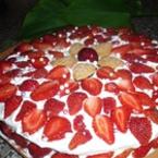 Ягодова торта с готови блатове