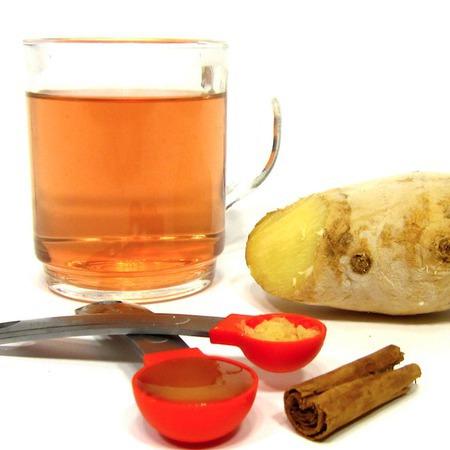 Large domashen chay s dzhindzhifil med i kanela