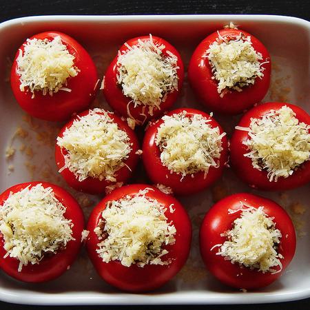 Large pecheni domati italiya