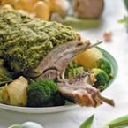 Печено агнешко с бланширани зеленчуци