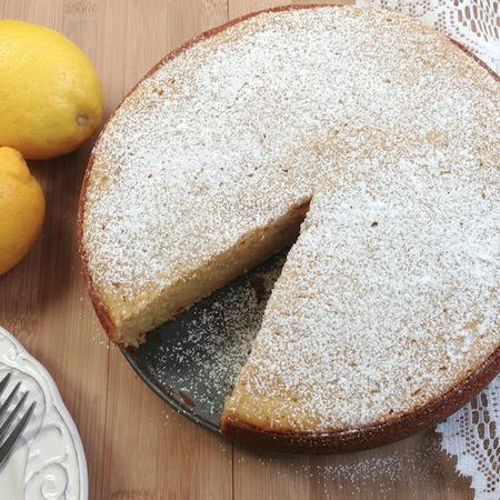 Large limonova torta s baz
