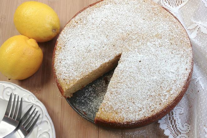 Лимонова торта с бъз