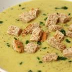 Крем супа от тиквички с крутони